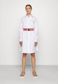 KARL LAGERFELD - STRIPE SHIRT DRESS - Shirt dress - white - 0