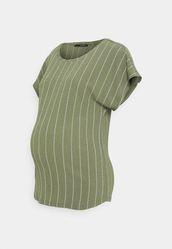 TEE TRIPE - Print T-shirt - dusty olive