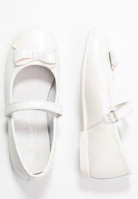 Melania - Ballerine con cinturino - white - 0