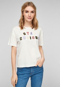 s.Oliver - T-shirt imprimé - offwhite statement print - 0