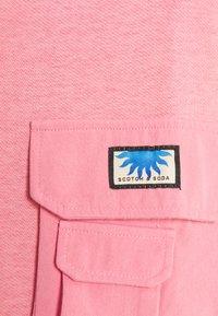 Scotch & Soda - POP OVER MILITARY INSPIRED ZIP DETAIL - Sweatshirt - pink smoothie - 2