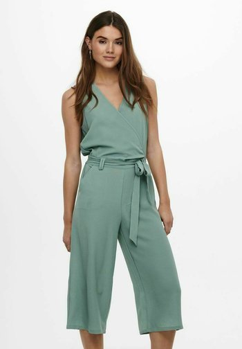 CULOTTE - Jumpsuit - chinois green