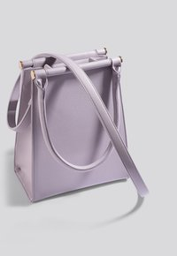 NA-KD - Across body bag - lilac - 1