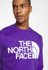 The North Face - STANDARD CREW - Sweatshirt - peak purple - 4