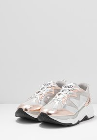 MSGM - SCARPA DONNA WOMANS SHOES - Tenisky - silver - 4