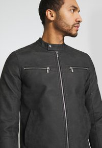 Only & Sons - ONSFAVOUR JUPITER  - Faux leather jacket - phantom - 4