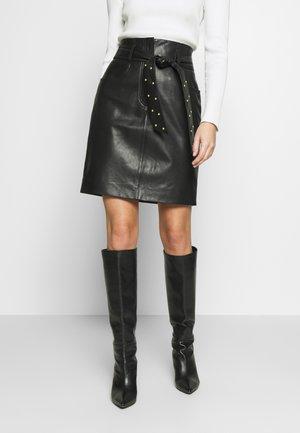 LAKRIMA - Leather skirt - black