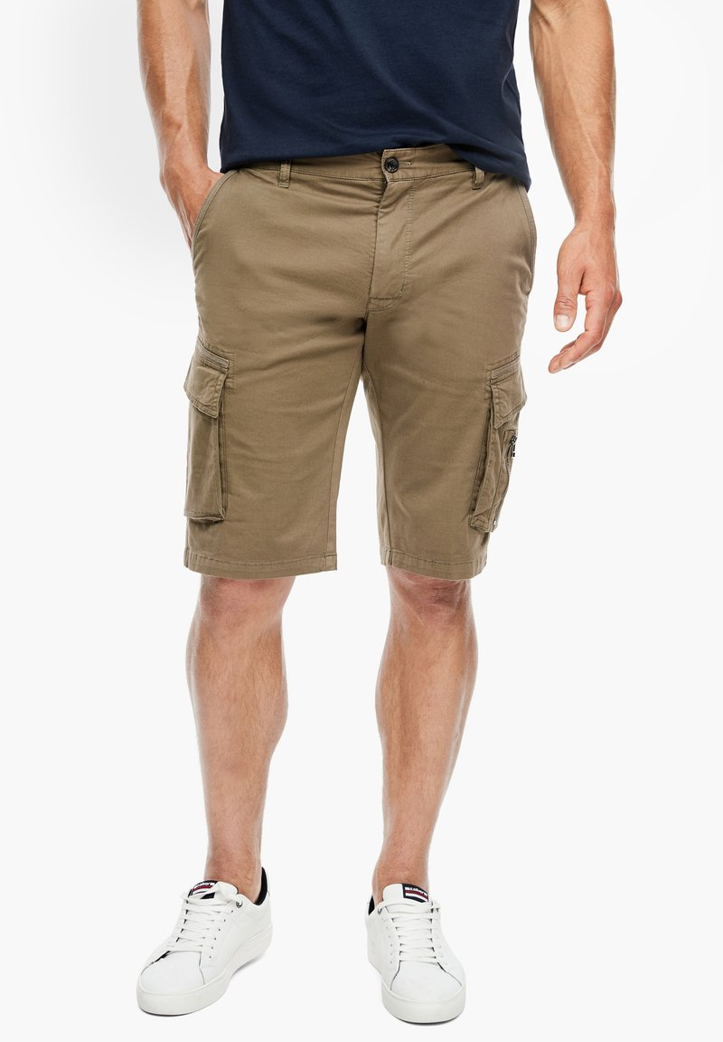 s.Oliver - REGULAR FIT - Shorts - khaki