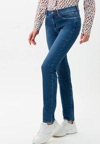 BRAX - STYLE SHAKIRA - Jeans Skinny - used light blue - 0