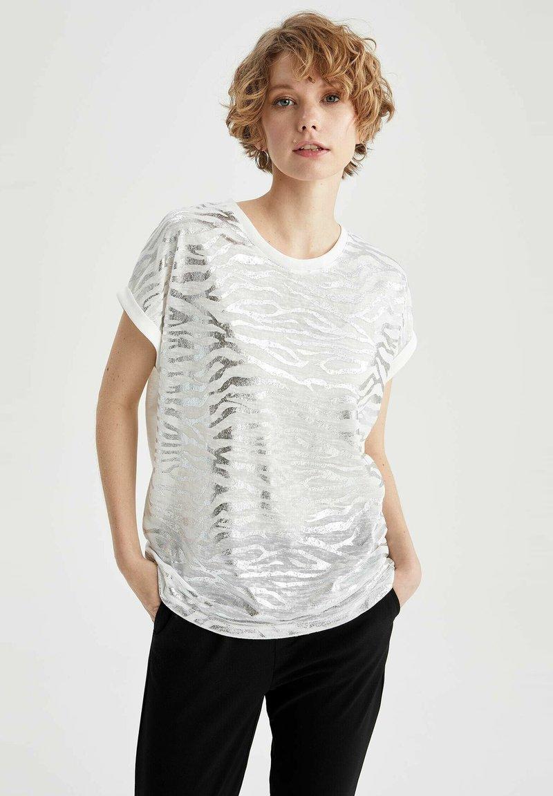 DeFacto - Print T-shirt - ecru