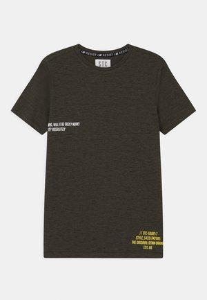 TEENAGER - T-shirt imprimé - olive structure