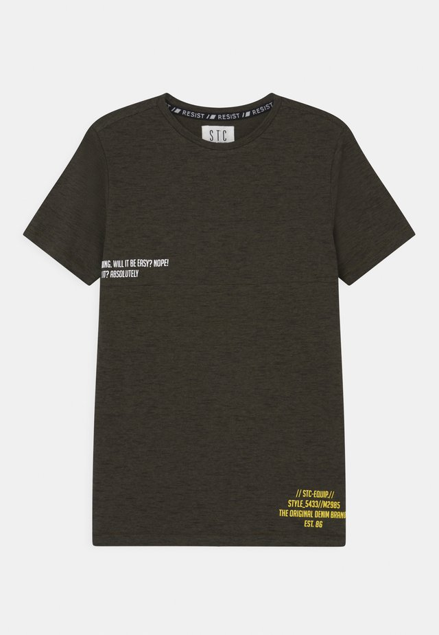 TEENAGER - T-shirt print - olive structure