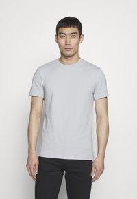 J.LINDEBERG - SILO - Basic T-shirt - stone grey - 0