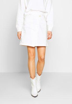 5621 WRAP - A-line skirt - milk
