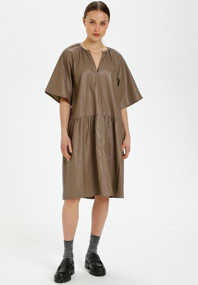 Sukienka letnia - pine bark