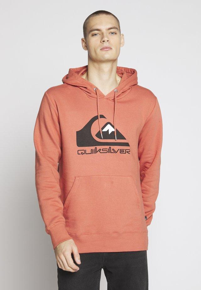 COMPLOGOSCRFLEE - Hoodie - redwood