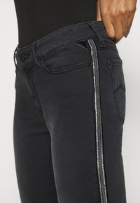 Replay - LUZIEN - Jeans Skinny Fit - dark grey - 6