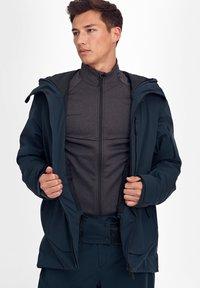 Mammut - Ski jacket - marine - 13