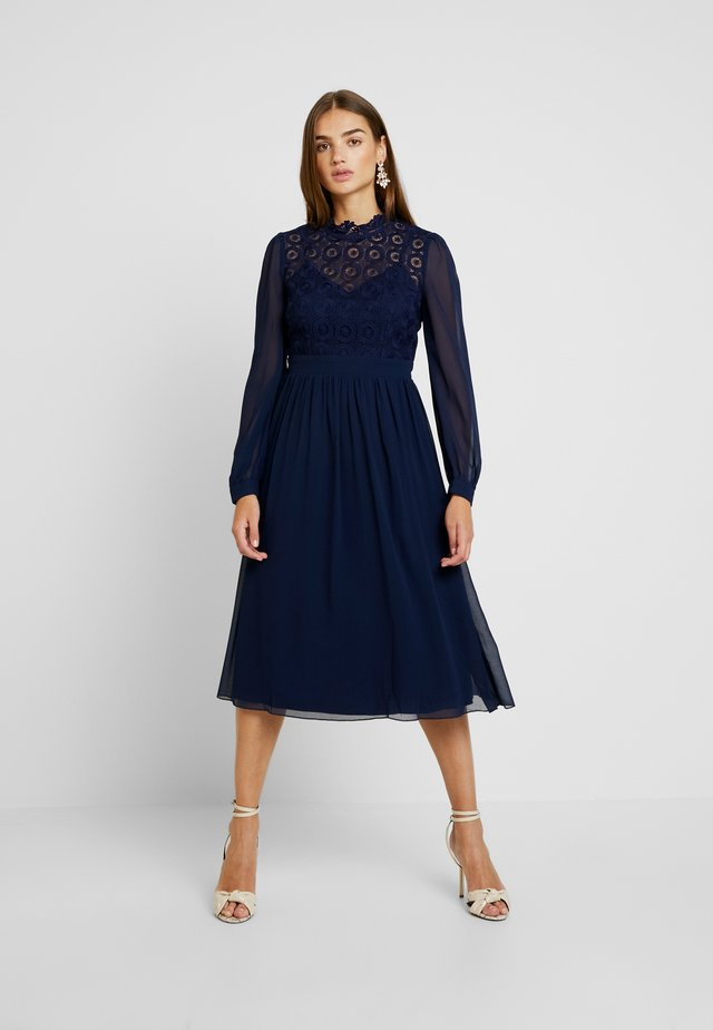 SACHA CROCHET LONG SLEEVE MIDI DRESS - Vestito elegante - navy