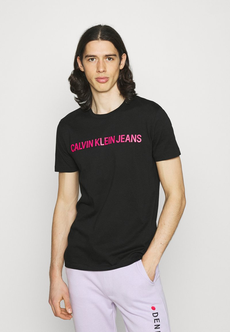 Calvin Klein Jeans - INSTITUTIONAL LOGO SLIM TEE - Print T-shirt - black