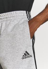 adidas Performance - Sports shorts - medium grey heather/black - 3