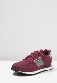 New Balance - GM500 - Sneaker low - burgundy - 2