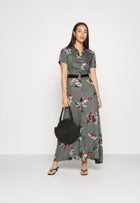 Vero Moda - VMLOVELY ANCLE DRESS - Maxi dress - laurel wreath - 1