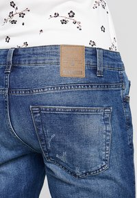 Only & Sons - ONSLOOM DAMAGE - Slim fit jeans - blue denim - 5