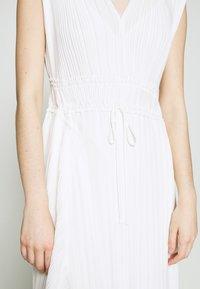 3.1 Phillip Lim - VNECK MUSHROOM PLEATED DRESS - Denní šaty - white - 6