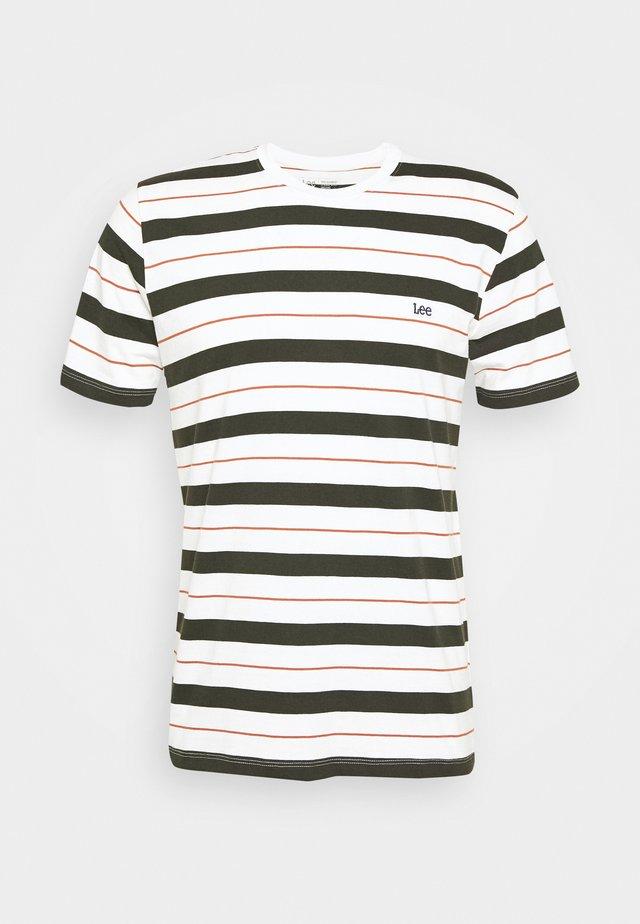 STRIPE TEE - Print T-shirt - serpico green