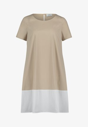 MIT FARBVERLAUF - Day dress - nature/white