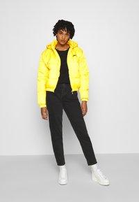 Ellesse - CAMILLA - Zimní bunda - yellow - 1