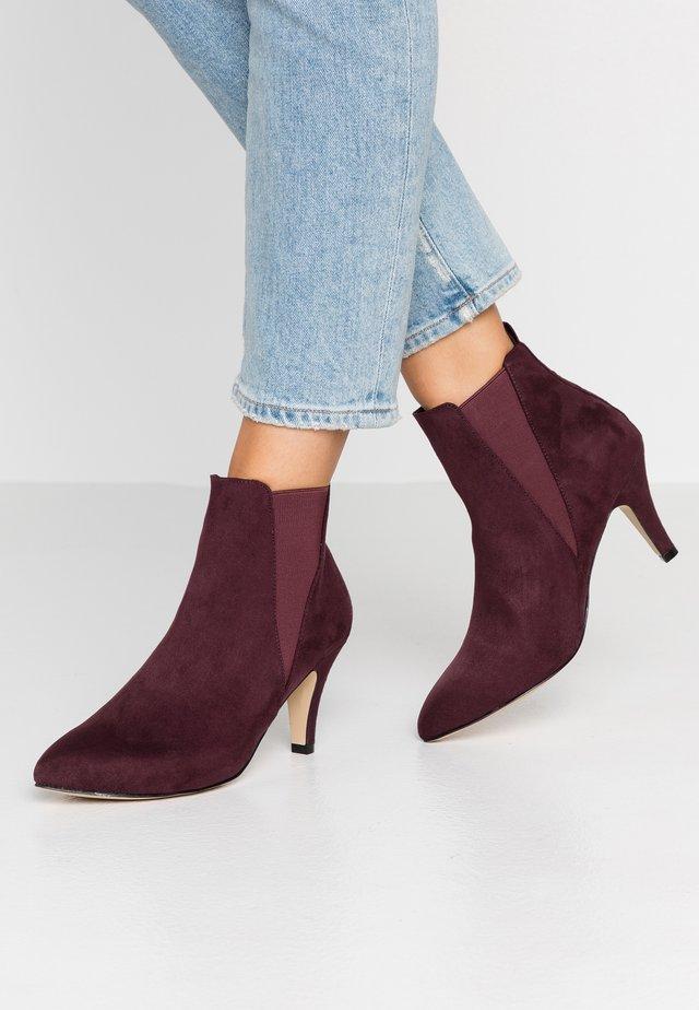BIANUR V SPLIT CHELSEA  - Ankle boot - burgundy
