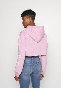 NEW girl ORDER - LOGO CROP HOODY - Sweatshirt - pink - 2