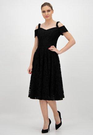 MIT CARMEN-AUSSCHNIT - Day dress - schwarz