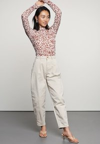 Catwalk Junkie - Trousers - white sand - 0