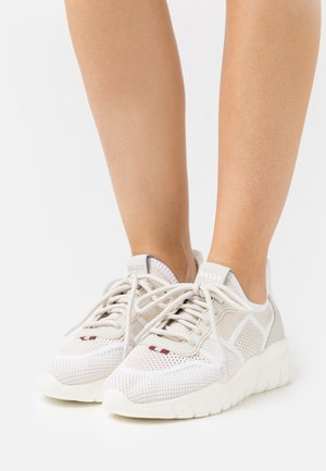 BIENY - Trainers - dusty white/white
