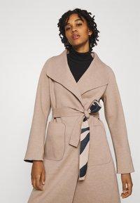 Vila - VIJUICE ZEBRA COAT - Classic coat - natural melange - 4