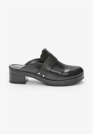 SIGNATURE CLOSED - Clogs - black