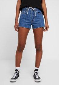 Levi's® - 501 HR LOGODRAW - Denim shorts - draw back - 0