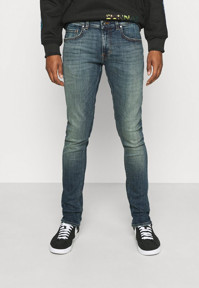 Slim fit jeans - ideal