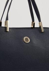 Tommy Hilfiger - CORE SATCHEL - Handbag - blue - 6
