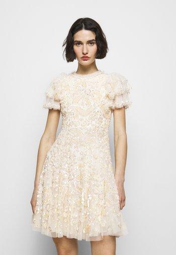 SHIRLEY RIBBON MINI DRESS - Koktejlové šaty/ šaty na párty - champagne