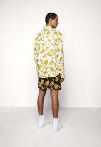 Versace Jeans Couture - PRINT  - Shirt - white - 2