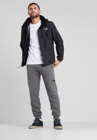 The North Face - RESOLVE JACKET - Hardshelljacka - black - 1