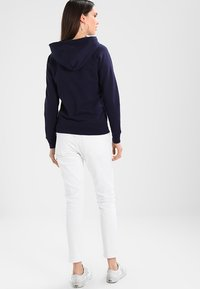 GAP - Zip-up hoodie - navy uniform - 2