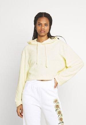 ZINA CROPPED HOODIE - Sweatshirt - light yellow