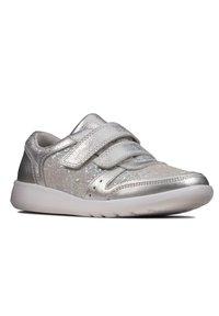 Clarks - Trainers - silber metallic - 3