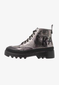 KARL LAGERFELD - TREKKA BRUSH LOGO HIKER - Boots à talons - dark metal - 1