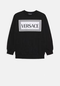 Versace - FELPA - Sweatshirt - nero/bianco opaco - 0